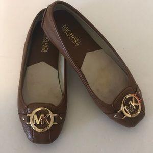 Michael Micheal Kor Fulton Moc Leather Flat. 6.5